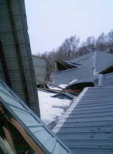 wood structure collapse